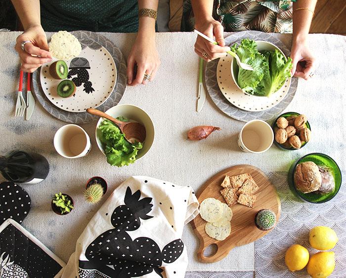 Jardin d 39 ulysse la vaisselle en fibres de bambou maison math v for Miroir jardin d ulysse