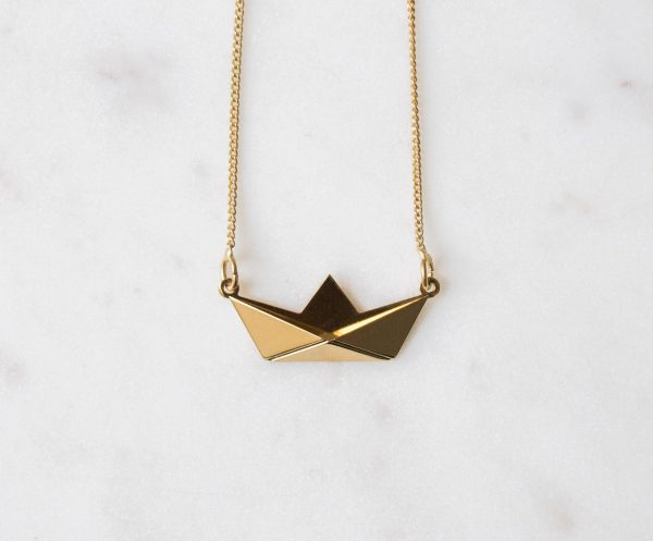 Collier bateau origami Shlomit Ofir Maison Mathûvû