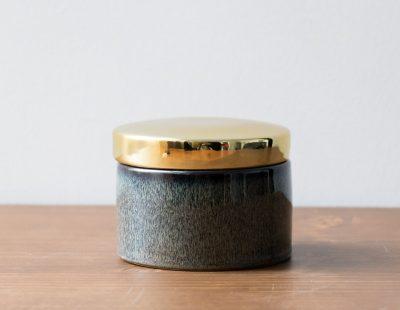 Pot en céramique - Anthracite avec couvercle doré Bloomingville Maison Mathûvû