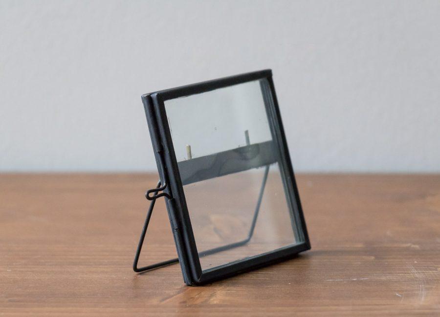 Cadre photo petit modèle noir Hübsch - Maison Mathuvu