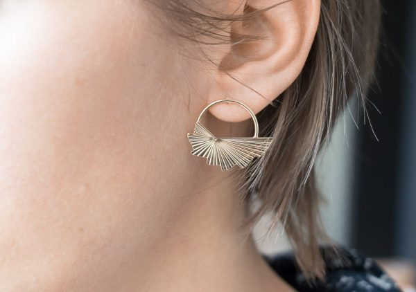 Boucles d'oreilles créole ailée Exquises indécises - Maison Mathuvu