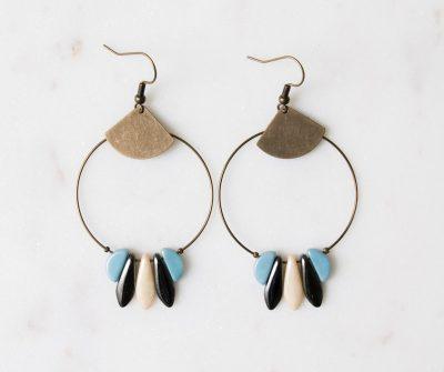 Boucles d'oreilles perle de verre colorées Jisalée - Maison Mathuvu