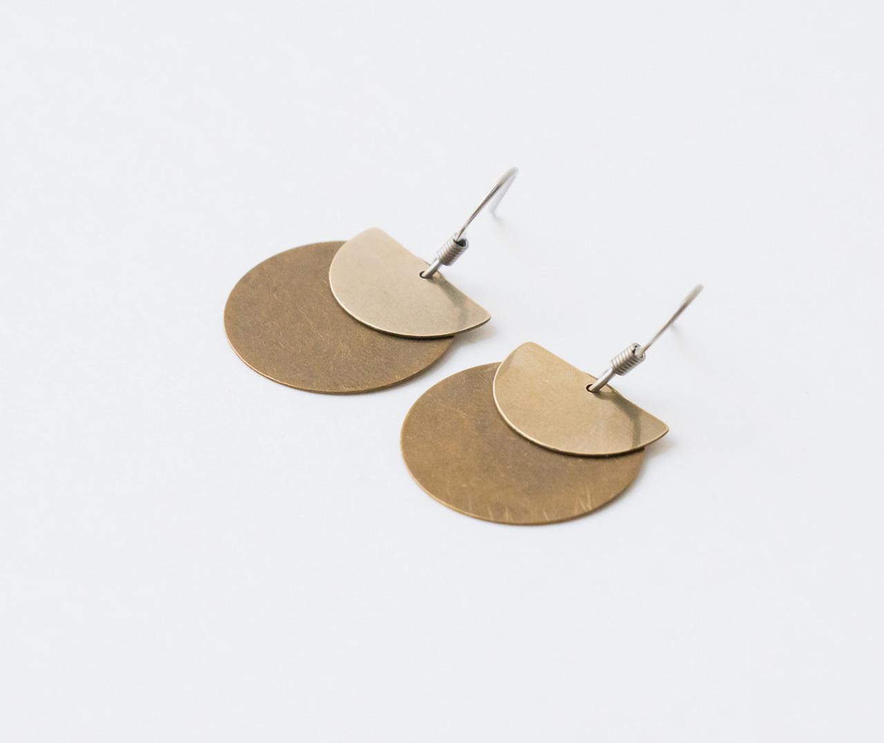Boucles d'oreilles demi-cercle et rond Maison Mathuvu
