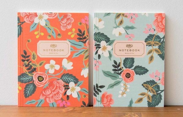 Carnet fleur rose et blanche Rifle paper co - Maison Mathuvu