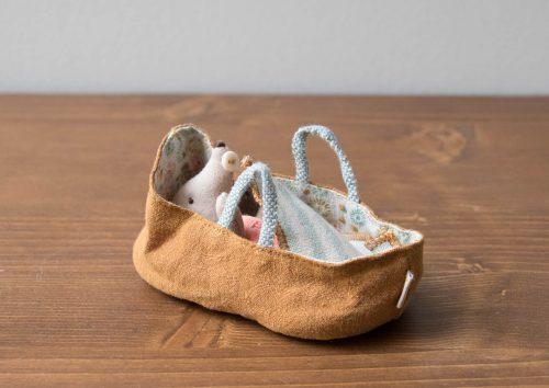 Souris baby couffin Maileg - Maison Mathuvu