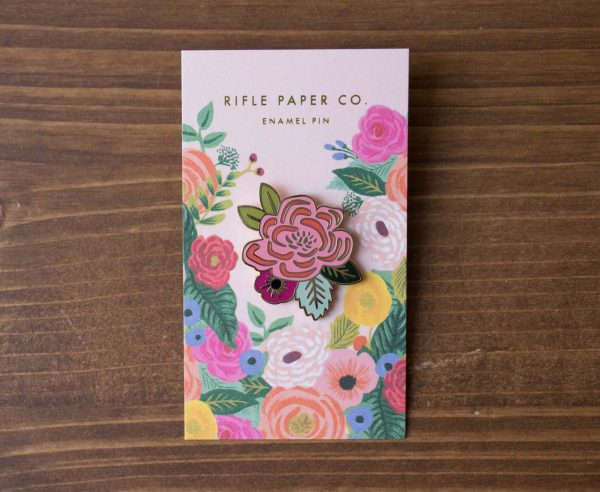 Pin's Rose Rifle Paper Co. Maison Mathûvû