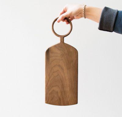 Planche en bois anse ronde Bloomingville - Maison Mathuvu