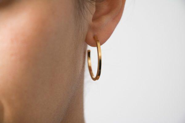 boucles d'oreilles hoop Shlomit ofir - Maison Mathuvu