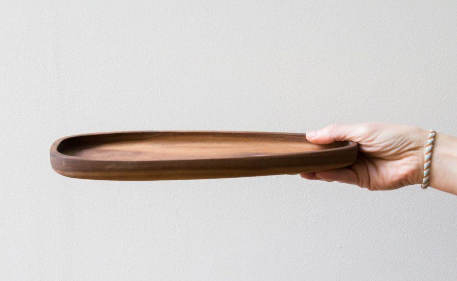 plat en bois d'acacia Bloomingville - Maison Mathuvu