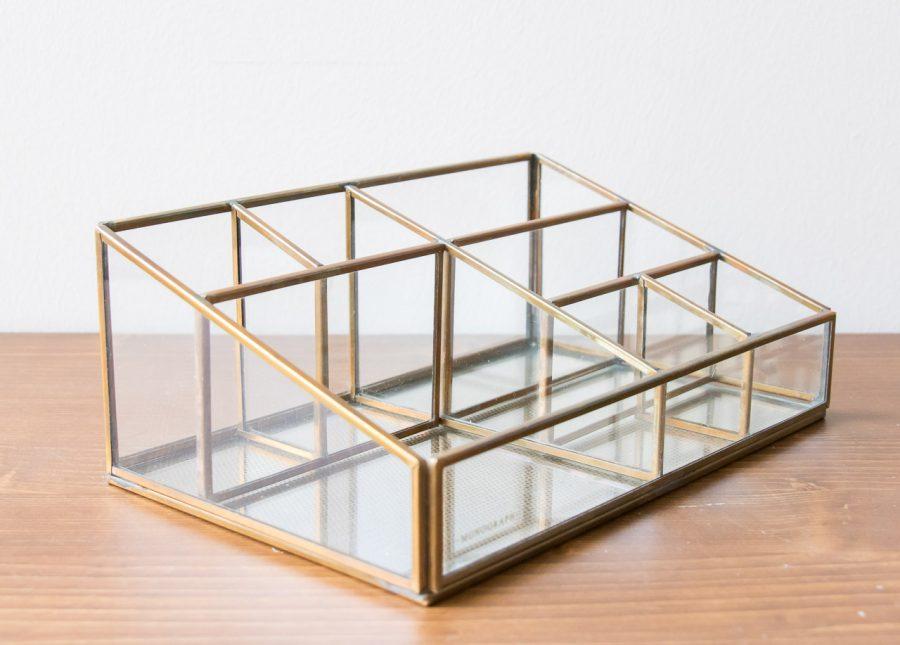 boîte de bureau oblique Monograph - Maison Mathuvu