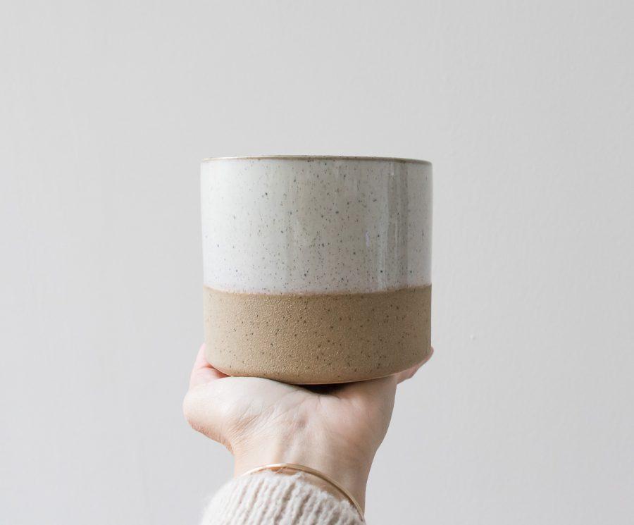 Cache-pot sable - Grand modèle Pomax - Maison Mathuvu