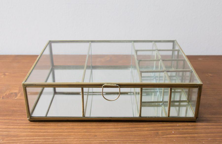 Boîte 10 compartiments Madam Stoltz - Maison Mathuvu