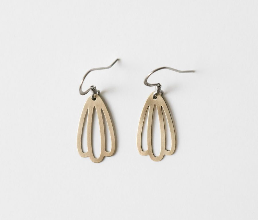 Boucles d'oreilles feuille de la collection Maison Mathûvû