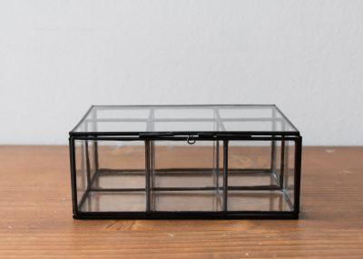 Boîte noire 6 compartiments Madam Stoltz - Maison Mathuvu