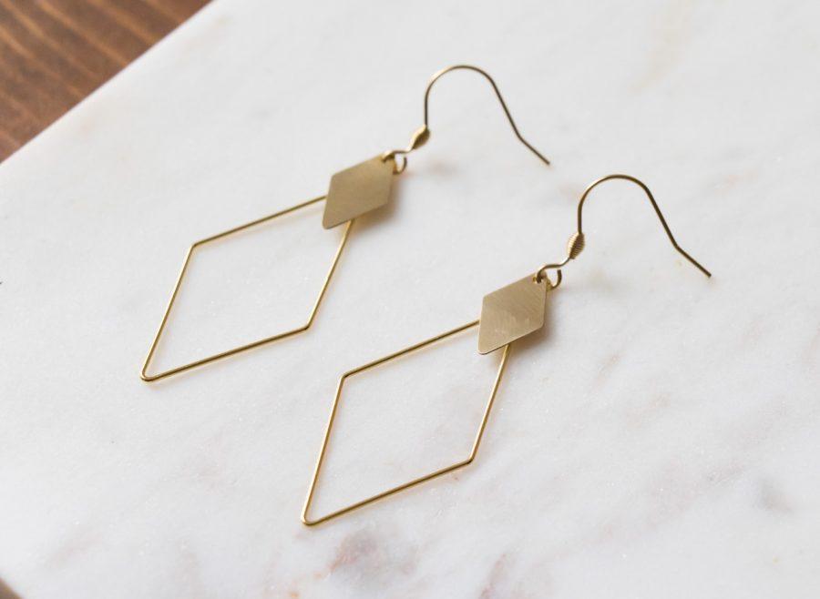 Boucles d'oreilles losange doré Maison Mathuvu