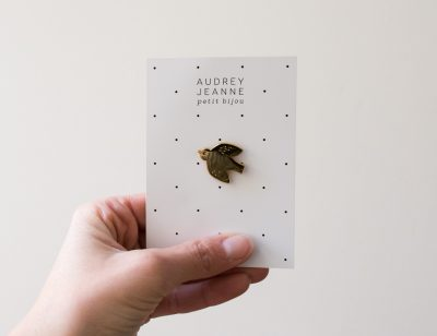 Pin's Oiseau Audrey Jeanne - Maison mathuvu