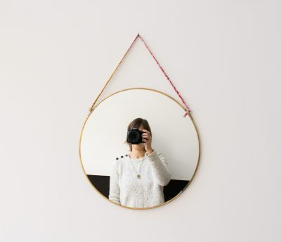 Miroir rond - Kiko Nkuku - Maison mathuvu