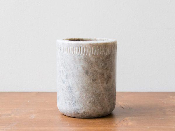 Pot à ustensiles en marbre Nicolas vahé et House doctor - maison mathuvu
