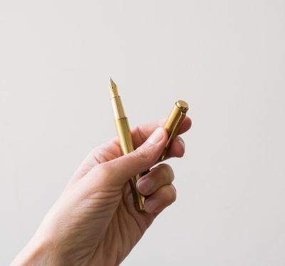 Stylo plume doré Monograph / House doctor - maison mathuvu