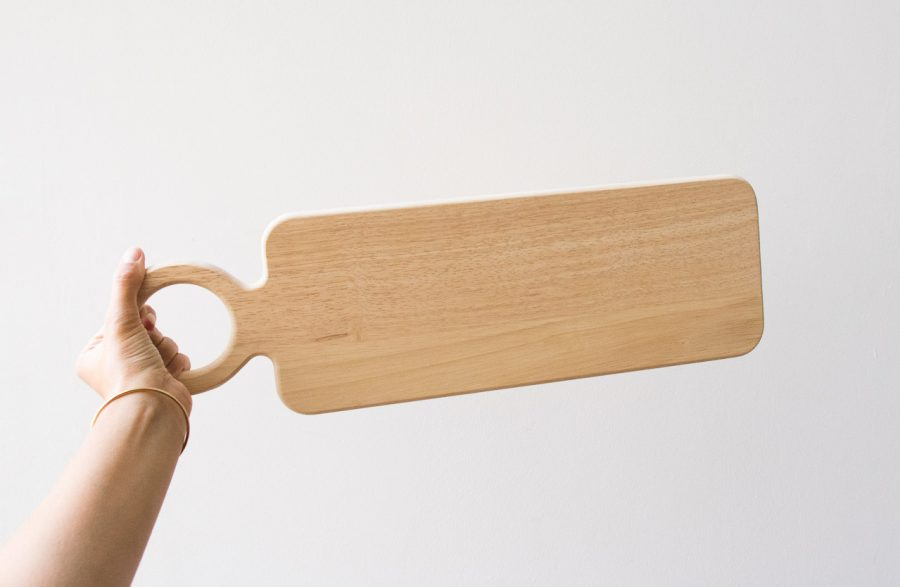 Planche en bois d'hévéa Bloomingville - maison mathuvu