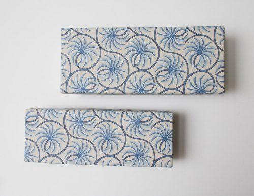 Boîte à crayons - Palmier bleu Bungalow - maison mathuvu