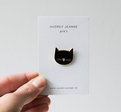 Pin's - Tête de chat Audrey Jeanne - maison mathuvu