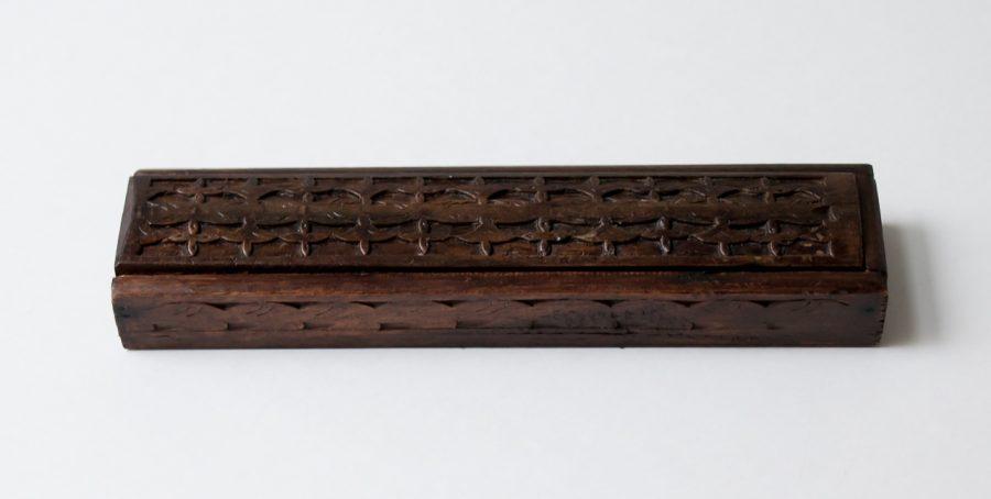 Plumier en bois ancien chiné - maison mathuvu