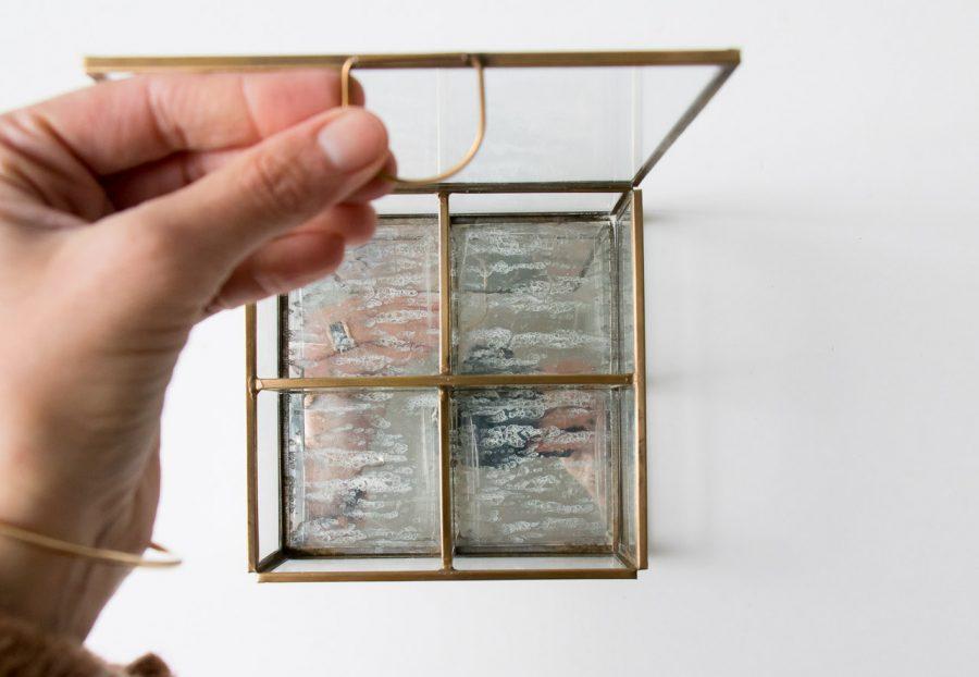 Boîte en verre 4 compartiments de Chehoma chez Maison Mathûvû