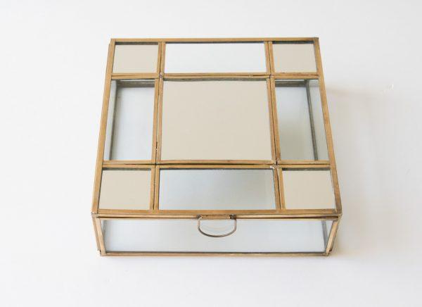 Boîte carrée - Miroir chehoma - maison mathuvu
