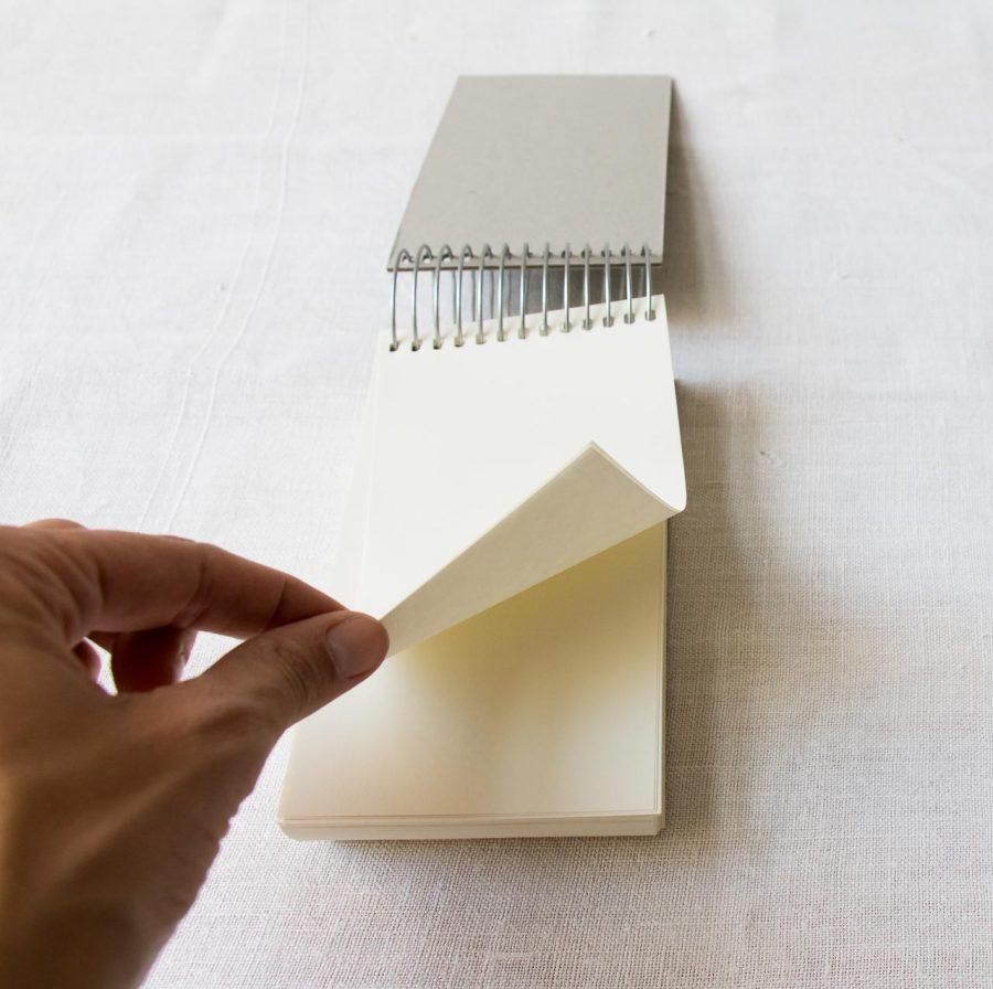 Bloc-notes Portrait - Spirale vert Monograph - maison mathuvu