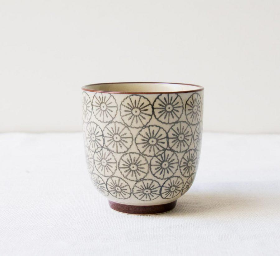 Mug gris - Fleur bloomingville - maison mathuvu