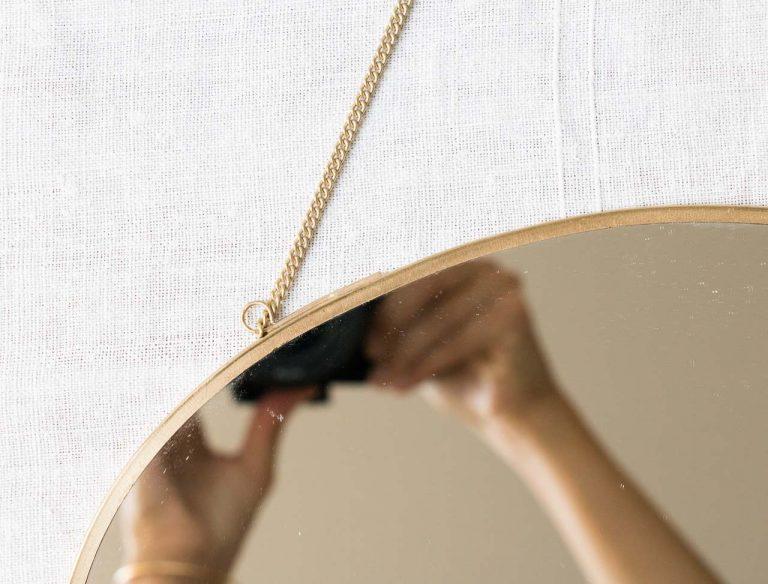 Miroir ovale à suspendre Madam stoltz - maison mathuvu
