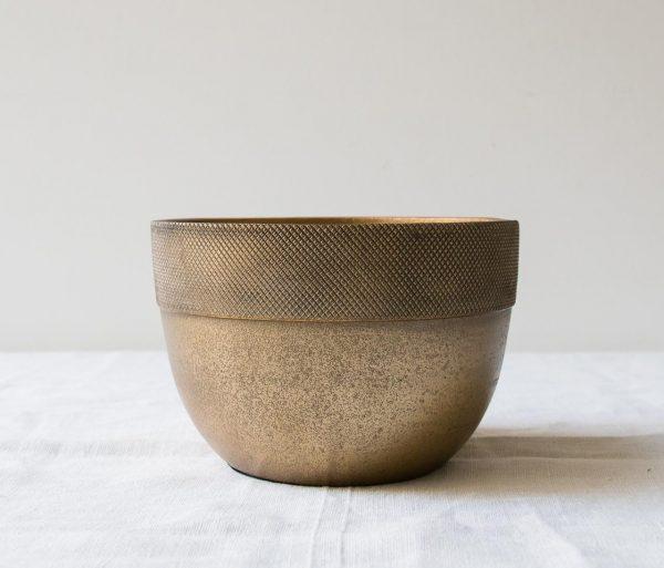 Cache-pot strié - Aluminium Madam stoltz - maison mathuvu