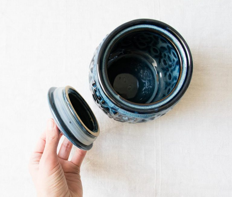 Pot bleu - Nena Bloomingville - maison mathuvu