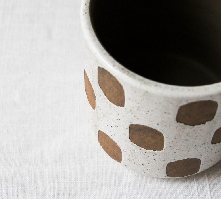 Cache-pot - Pois blanc Bloomingville - maison mathuvu