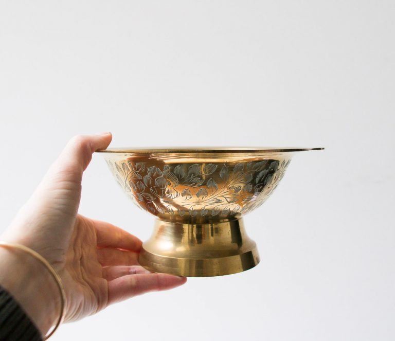 Coupe en laiton gravé Pièce chinée - maison mathuvu