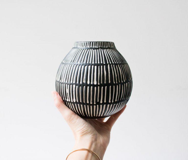 Vase noir et blanc Bloomingville - maison mathuvu