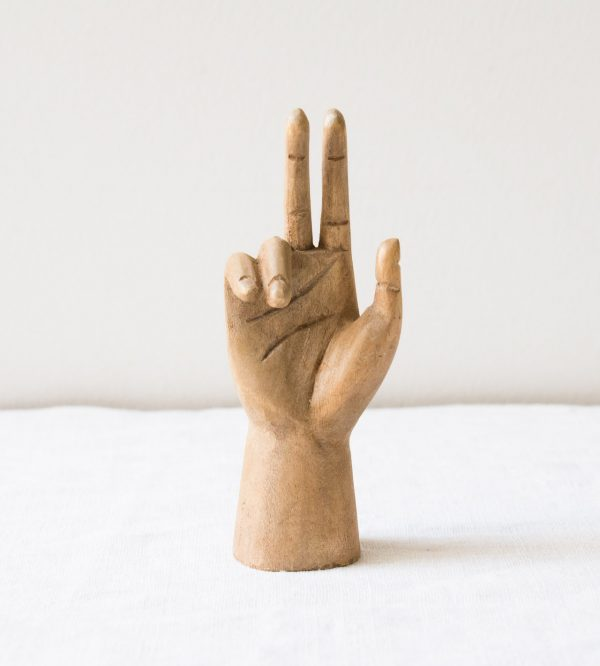 Petite main en bois - Victoire Bloomingville - maison mathuvu