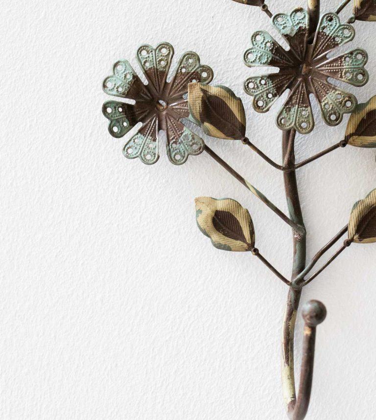 Crochet fleuri - Vert de gris Chehoma - maison mathuvu