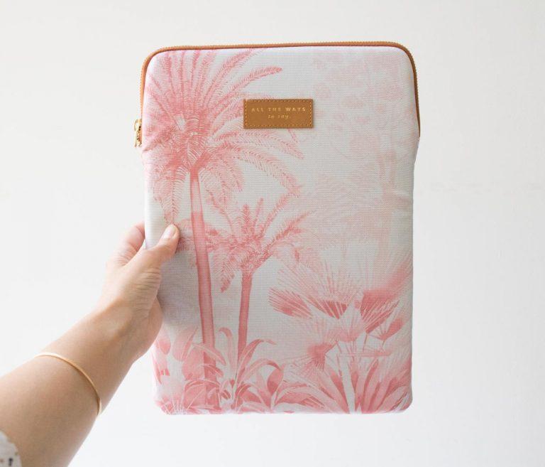 Pochette d'ordinateur - Pink Forest All the ways to say - maison mathuvu
