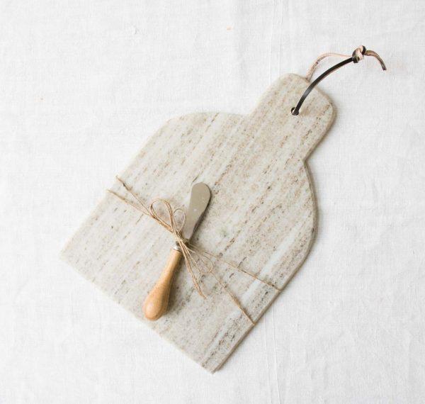 Planche à fromage en marbre Bloomingville - maison mathuvu