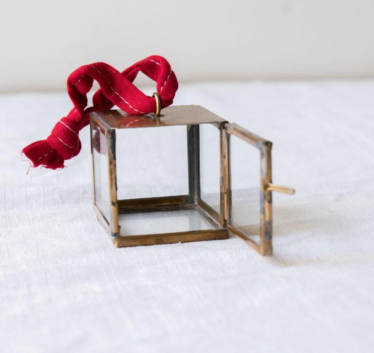 Suspension - Boîte Tiny nkuku - maison mathuvu